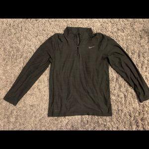 Men's 1/4 zip lightweight Nike pullover